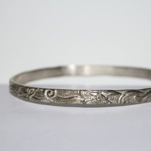 Vintage Mexican Silver bangle bracelet